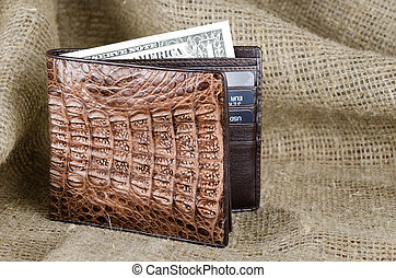Wallet made ??of genuine crocodile leather over the linen ...