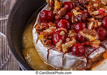 walnut., honing, zelfgemaakt, veenbes, bakt, brie