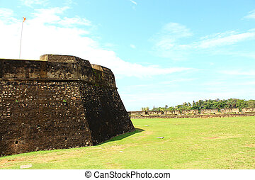 wand, galle, fort