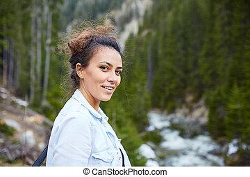 wandelaar, vrouw, vrolijke