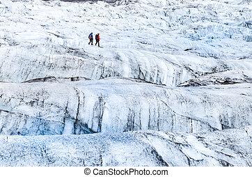 wandelende, vatnajokull, gletsjer, detail, twee, trekkers, aanzicht