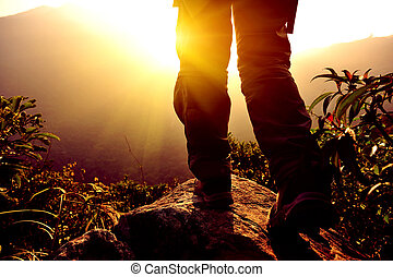 wanderer, berg, frau, spitze, stehen