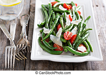 Warm salad with green beans and parmesan cheese - Warm salad...