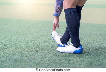 warm up football. Soccer Stretching - Flexibility Exercises for Youth Soccer Players.