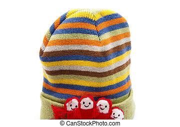 Warm woollen cap with hand shoes