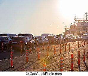warteschlange, autos, ferry.