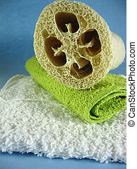 washcloth and loofah - different colored washcloths face ...