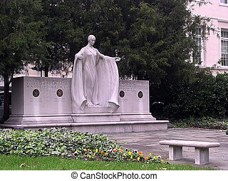 Daughters of the American Revolution, Founders statue at Constitution Hall in Washington DC