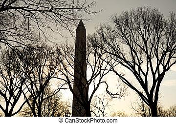 Washington Monument in WA DC at Sunrise