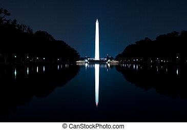 Washington Monument - WASHINGTON, DC - AUGUST 25: Night...