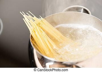 wasser, kochen, kochen, spaghetti, pfanne