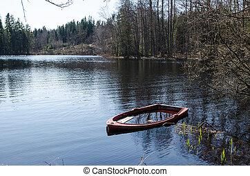 wasser, rowboat, gefüllt