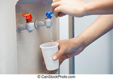 wasser, trinken, gereinigt
