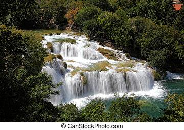 wasserfall, in, krka, nationalpark, in, kroatien