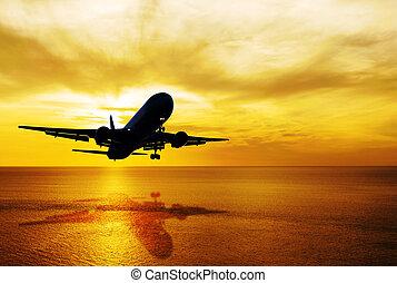 wasserlandschaft, und, himmelsgewölbe, sonnenuntergang, mit, motorflugzeug