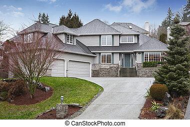 wasserwaage, haus, zwei, driveway., garage, luxus