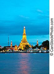 Wat Arun, Bangkok Thailand