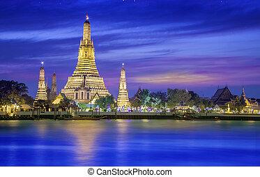 Wat arun under new year selebration time, Thailand