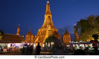 Wat Arun temple in Thailand, timelapse in motion - BANGKOK,...
