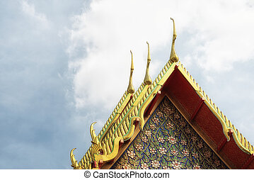 Wat Arun (Temple of Dawn) details