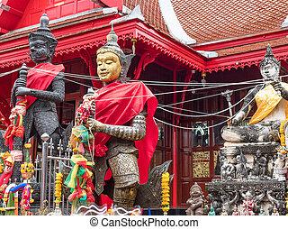 Wat Chulamanee in Amphawa, Thailand - Mythological figures ...