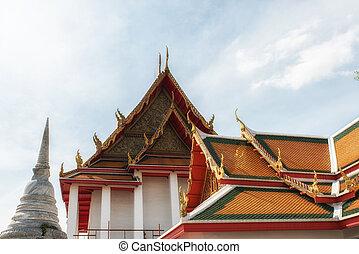 Wat Kalayanamit Temple details, Bangkok, Thailand