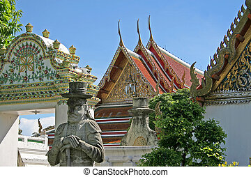 Wat Pho, Bangkok - Temples and statues inside Wat Pho in...