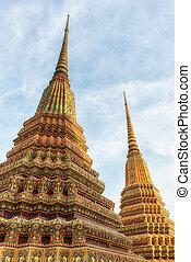 Wat Pho Temple Details