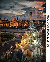 Wat Phra Kaew, Temple of the Emerald Buddha, Grand palace at twilight in Bangkok, Thailand