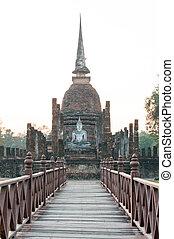 Wat Sa Si and old wood stair