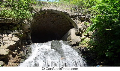 water flow stone arch