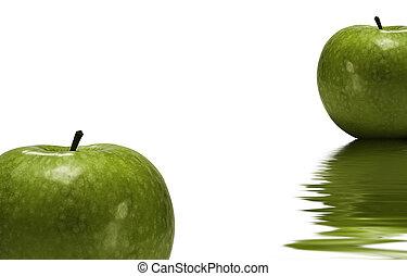 water, groene appel, weerspiegelde