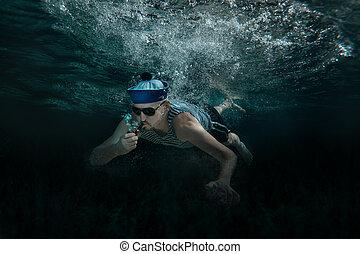 water., hombre, debajo