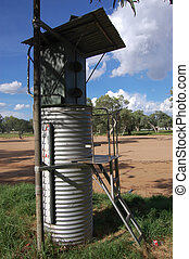 Water measurer - Measurer nearby dried up river, Alice...