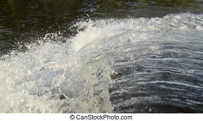 Water spray flow stream