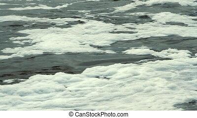 Water whirlpool with foam