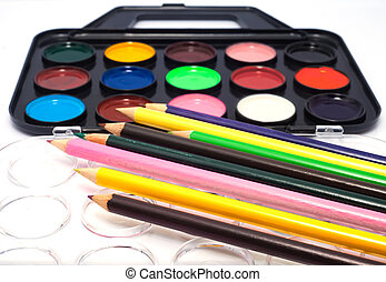 Watercolors and brushes for kids