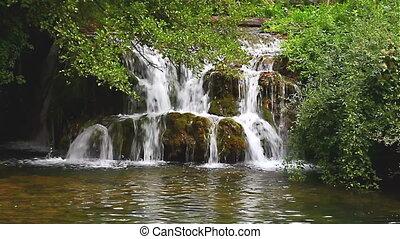 Waterfall 07 looping green