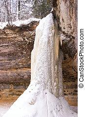 Waterfall - Frozen