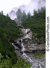 Waterfall - on the way to Chamanna Lischana SAC