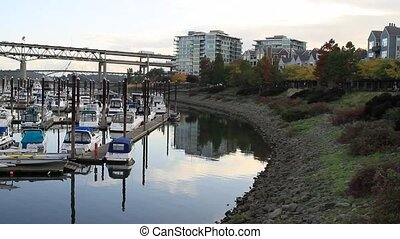 Waterfront Living Portland Oregon - Waterfront Living along...