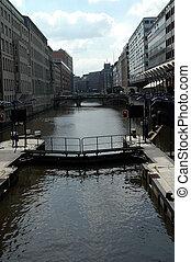 watergate in Hamburg - watergate at the alsterfleet in...