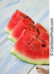 watermeloen, gedeelten, drie, sappig