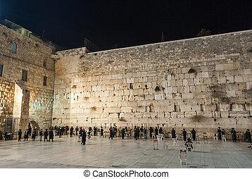Watern Wall at Night - Western Wall (Wailing wall) in...