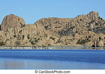 Watson Lake Prescott Arizona - granite formations line...