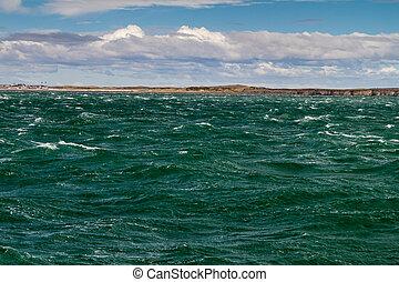Waves of Magellan strait