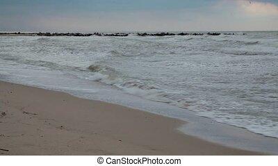 Waves of the sea gloomy sky. Storm. Wave. Gloomy weather -...