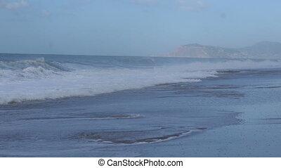 waves on the Mediterranean sea