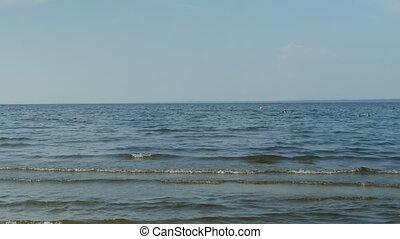 waves sky seascape - Sea waves summer vacation, blue sky,...