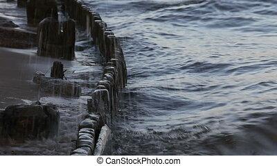waves spray